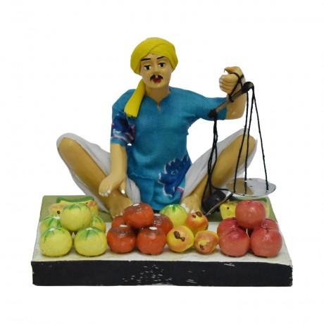 """Fruit Seller - 4.5"""""""
